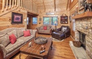 Knotty Pine cabin with pool access